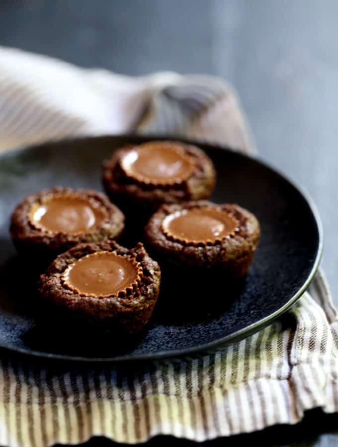 Peanut Butter Cup Brownie Bites | Melanie Makes