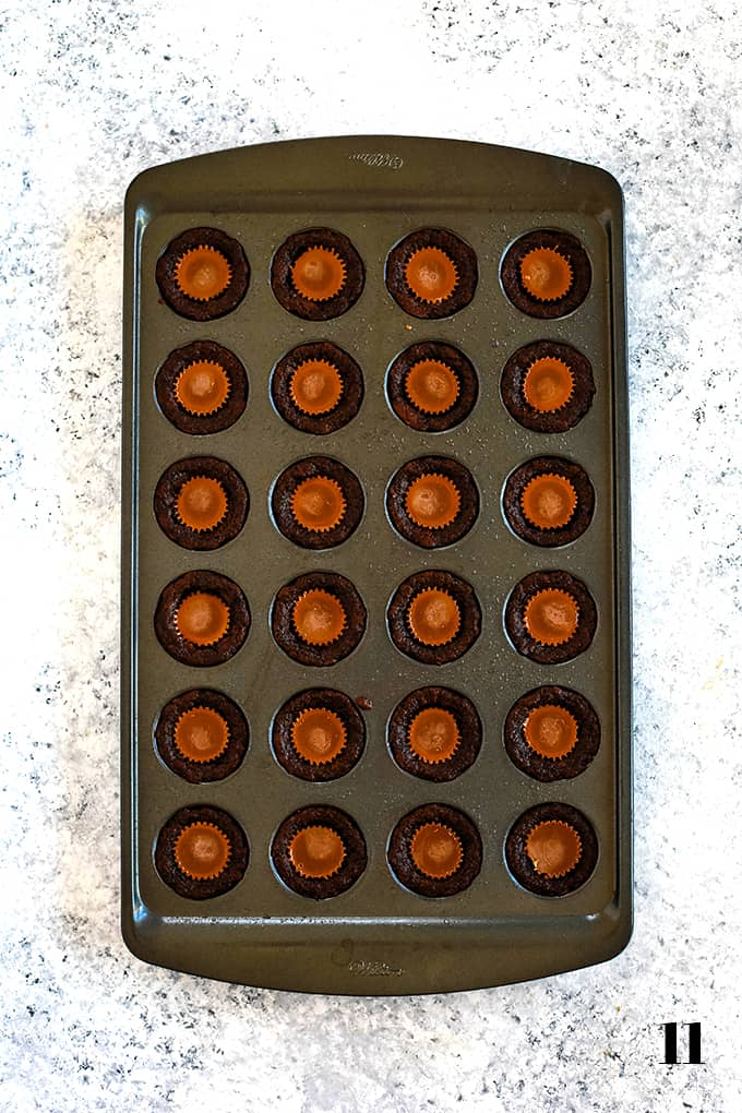 How to prepare Peanut Butter Cup Brownie Bites, step 11.