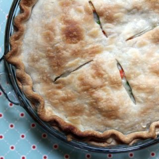 Easy Chicken Pot Pie | @melaniebauer at Melanie Makes