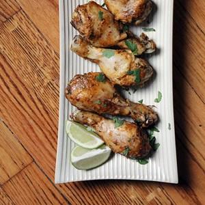 Chili Lime Chicken Drumsticks | @melaniebauer at Melanie Makes