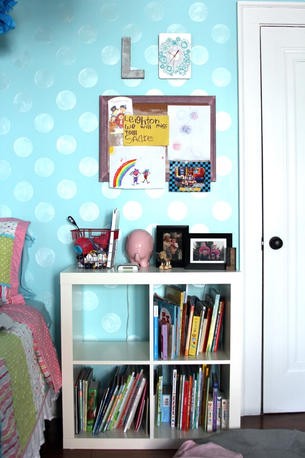 Where We Live Wednesday - Girls' Bedroom | Melanie Makes melaniemakes.com