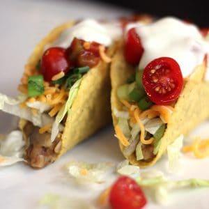Slow Cooker Lentil and Brown Rice Tacos | Melanie Makes melaniemakes.com