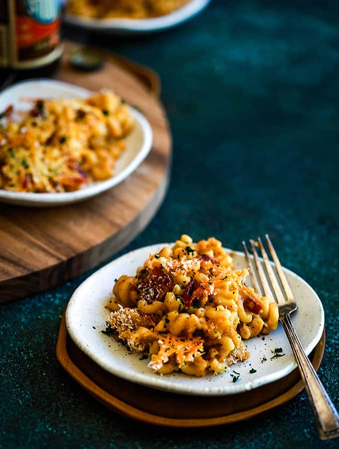 Bacon Crusted Beer Mac and Cheese