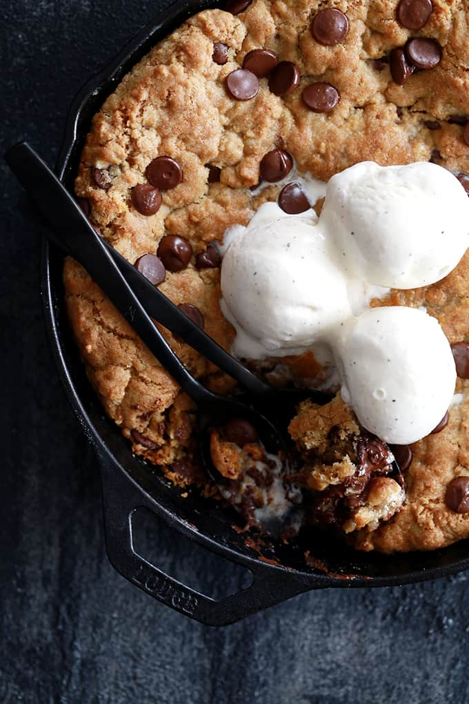 Deep Dish Chocolate Chip Skillet Cookie | Melanie Makes
