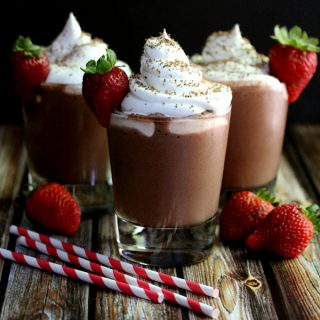 Chocolate Covered Strawberry Pudding Smoothies | Melanie Makes