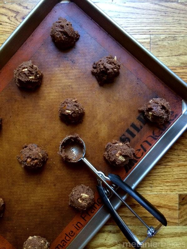 Double Chocolate Cinnamon Crunch Cookies | Melanie Makes
