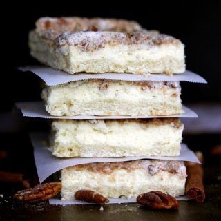 Cinnamon Pecan Streusel Cheesecake Bars | Melanie Makes