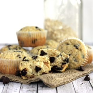 Oatmeal Chocolate Chip Muffins | Melanie Makes