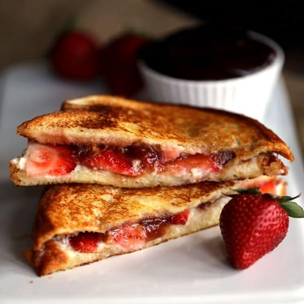 Strawberry Rhubarb Grilled Cheese | Melanie Makes