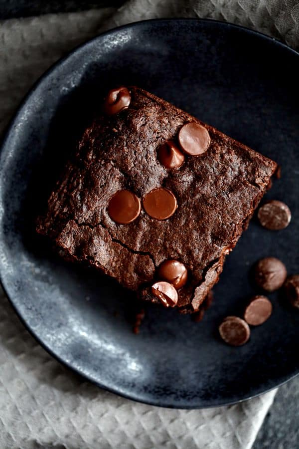 A single bowl and just ten ingredients is all that stands in the way between you and these deliciously decadent One Bowl Chocolate Fudge Brownies.