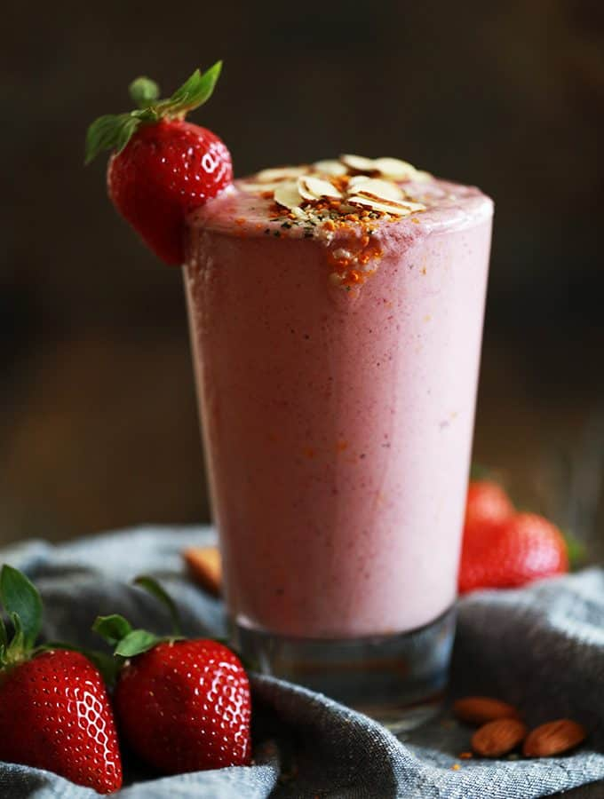 Strawberry Almond Smoothie | Melanie Makes
