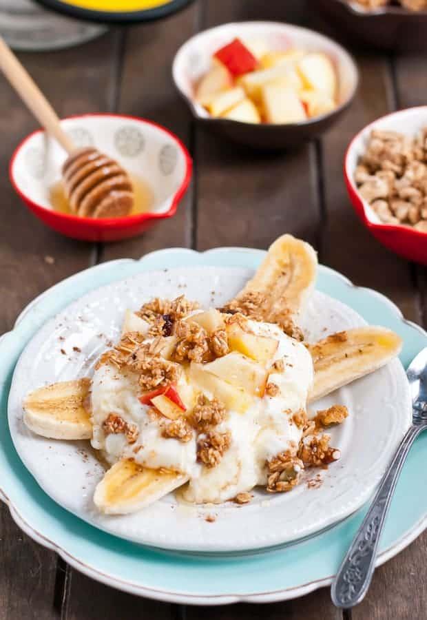 Cinnamon Apple Breakfast Banana Splits